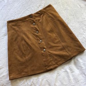 🍂 classic suede button skirt 🍂